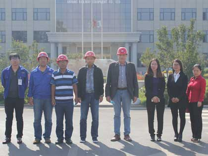 Bengle clients visit factory with us