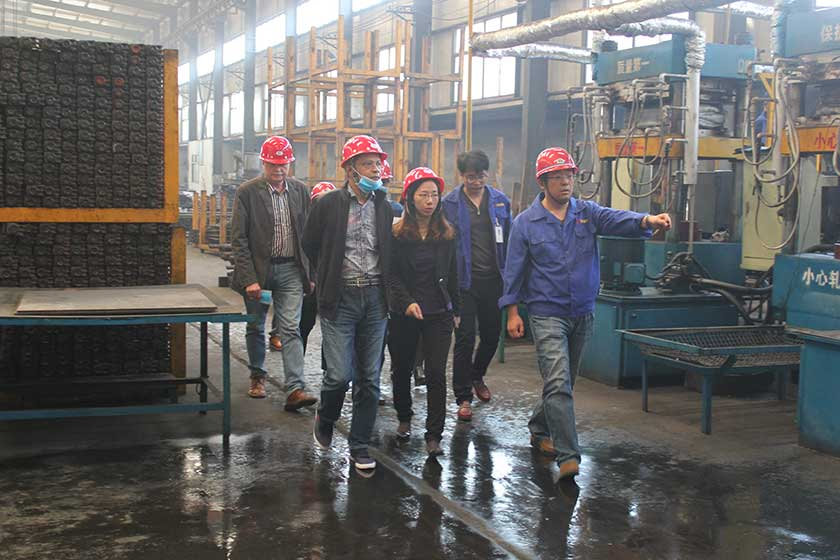 Bengle clients visit factory