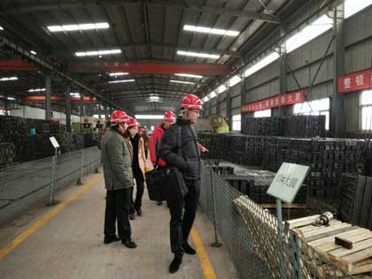 Indonesia clients visit rail clamp in stock
